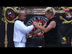 Wing Chun energy drill basic training - Lesson 3 Push Drill 2 - YouTube Kung Fu Techniques, Martial Arts Techniques, Self Defense Moves, Best Self Defense, Learn Wing Chun, Bruce Lee Wing Chun, Wing Chun Training, Wing Chun Martial Arts, Jeet Kune Do