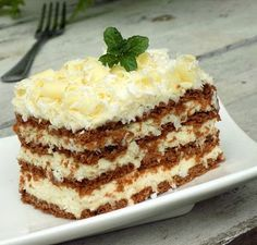 Though many consider these sweets to be unhealthy and addictive, did you know that its raw ingredient - Romanian Desserts, Romanian Food, Baking Recipes, Cake Recipes, Dessert Recipes, Cacao Benefits, Sweet Tarts, Pie Dessert, Christmas Desserts