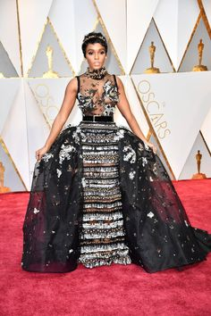 Janelle Monáe's Oscars dress and overall look is a modern day take on Halle Berry's iconic 2002 gown.