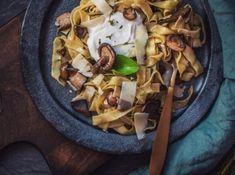Tagliatelle s houbami a krémovým sýrem od Cat & Cook Food Hacks, Food Tips, Cabbage, Tacos, Mexican, Treats, Vegetables, Ethnic Recipes, Tagliatelle