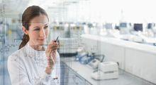 Las mujeres españolas tardan de media 17,8 meses en volver a encontrar trabajo