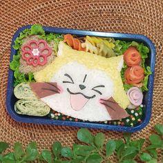 1,318 個讚好,0 則回應 - Instagram 上的 もねっち(@matae4281021):「 おはようございます🙂 * * 『ババ~ンとラスカル弁当‼️』 * * * そういえば今朝のニュース番組でアライグマのビックリ呆然の立ち姿を見たなぁ~👀 * * あれは可愛かった♥️ * *… 」 Cute Bento Boxes, Lunch Box, Instagram, Bento Box