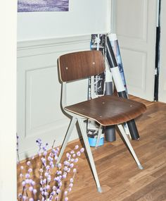 Result Chair.