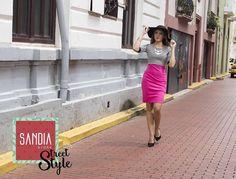 Hermosa y elegante!! Deslumbra a todos con tu #SandiaStreetStyle ✨ Y aprovecha nuestros descuentos de este mes!!