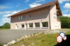 Vous cherchez une maison  dans le Jura pour faire aboutir votre projet d'achat immobilier ? Visitez ce F10 entre particuliers à  Saint-Laurent-En-Grandvaux. http://www.partenaire-europeen.fr/Actualites/Achat-Vente-entre-particuliers/Immobilier-maisons-a-decouvrir/Maisons-entre-particuliers-en-Franche-Comte/Maison-locaux-profession-liberale-grand-volume-proche-Suisse-ID2829152-20151118 #Maison