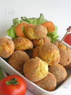 SGONFIOTTI ALLO STRACCHINO- Soffici nuvolette allo #stracchino, cotte in forno oppure fritte.Ideali per i vostri buffet salati,  l'aperitivo o l'antipasto.