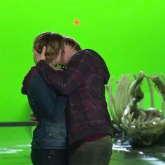 Emma Watson kissing Rupert Grint ❤️❤️❤️❤️❤️