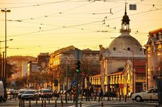 Lisboa -Cais do Sodré railway station #Portugal