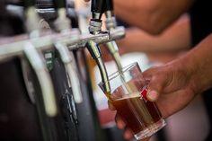 """Os cervejeiros de plantão já têm programa marcado para este fim de semana. A """"Experimente – Feira de Cervejas Artesanais"""" comemora a tradicional festa irlandesa """"St. Patrick's Day"""", neste sábado, dia 14, das 11h às 18h, na Praça dos Quatro Elementos, em Nova Lima."""