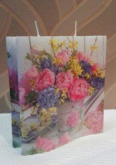 Kerze mit Blumen Motiv Motivkerze Dekokerze  Geschenk Kerze Sonderform