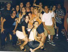 Yo conozco mi compañera de asignatura y amiga Ana Lia hace mucho tiempo! En la playa de Torres, en 1999, Excursión de magisterio. ¡Bién joven!