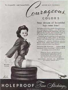 ✩ Check out this list of creative present ideas for people who are into photograhpy Pin Up Vintage, Vintage Models, Mode Vintage, Vintage Ads, Vintage Posters, Vintage Girls, Vintage Style, Vintage Stockings, Stockings Lingerie