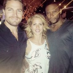 Team Arrow - Stephen Amell, Emily Bett Rickards & David Ramsey