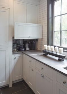 Example of a huge country porcelain floor and brown floor kitchen pantry design in Chicago with a double-bowl sink, recessed-panel […] Kitchen Interior, Kitchen Flooring, Brown Kitchens, Kitchen Remodel, New Kitchen, Kitchen Layout, Pantry Design, Kitchen Renovation, Kitchen Design
