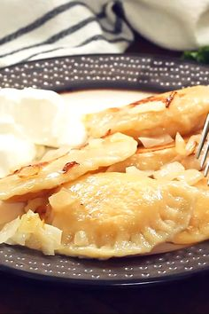 A Pittsburgh Style Homemade Pierogie is a crescent shaped dough that is filled with a mashed potato and cheese mixture b Instant Pot Dinner Recipes, Quick Dinner Recipes, Easy Recipes, Deep Dish, Italian Cookie Recipes, Pittsburgh, Polish Recipes, Food Videos, Recipe Videos