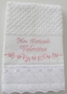 toalha-para-batizado-flores-bebe