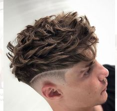 Most unusual brazilian men's hairstyles Mens Haircuts Short Hair, Cool Haircuts, Hairstyles Haircuts, Dyed Hair Men, Curly Hair Men, Mid Fade Haircut, Gents Hair Style, Style Hair, Men Hair Color