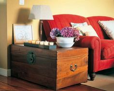 15 Ideas To Use Chests In Interior Decorating | Shelterness