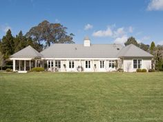 A View on Design: Splendid NSW country home