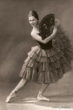 a40c8e8472 As 138 melhores imagens em saias de ballet de 2018   Dress patterns ...