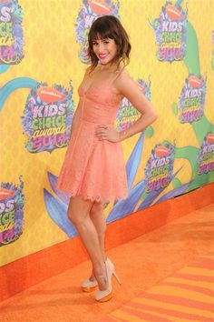 Lea Michele looks radiant and ready for spring in an Elie Saab dress at the Kid's Choice Awards. See more red carpet pics on Wonderwall: http://on-msn.com/1f6QrHW