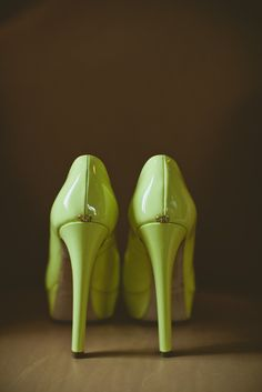 Green Wedding Heels  Photography By / baylymoore.com