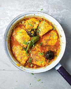 The aromatic combination of cumin, cardamom, green chilli and turmeric will ensure that this Persian fish stew will go straight into your 'make again' list. Healthy Eating Recipes, Veggie Recipes, Fish Recipes, Seafood Recipes, Cooking Recipes, Veggie Food, Cooking Tips, Healthy Food, Indian Appetizers
