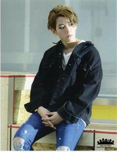♡ exo baekhyun :: call me baby ! Exo Chanyeol, Kai Exo, Baekhyun Chanyeol, Exo K, Baekyeol, Chanbaek, 2ne1, K Pop, Got7