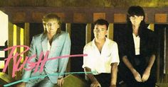 """LOVE Alex's """"Miami Vice"""" outfit and he had """"flock of seagulls"""" hair!"""