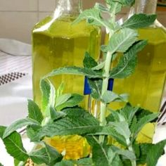 Ginger Juice, Celery, Glass Vase, Brunch, Stuffed Peppers, Vegetables, Fruit, Drinks, Plants