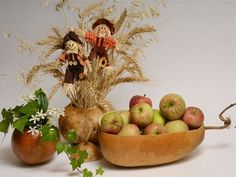 Gourds make great bowls and vases—and are especially appropriate for fall!
