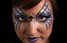 Looking for Halloween face paint ideas? We'll help you paint a fun bat mask on to your child's face for Halloween. This easy bat face paint idea is great for face painting beginners. Fairy Eye Makeup, Halloween Eye Makeup, Halloween Eyes, Halloween Spider, Halloween Make Up, Facepaint Halloween, Halloween Party, Face Makeup, Halloween Costumes