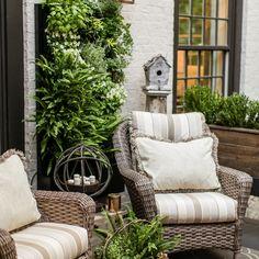 Bezoek voor sfeer in de tuin ook eens www.vuurkorfwinkel.nl - U bestelt er heel eenvoudig leuke vuurkorven, trendy vuurschalen en goedkope terrashaarden. Vandaag besteld, morgen in huis!