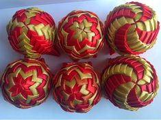 Bombki Karczoch: Bombki Karczoch Christmas Decorations, Christmas Ornaments, Holiday, Blog, Christmas Baubles, Scrappy Quilts, Vacations, Christmas Jewelry, Holidays