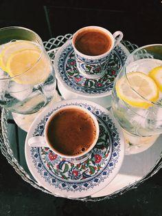 Coffee Is Life, I Love Coffee, Coffee Break, Coffee Lovers, Morning Coffee, Coffee And Donuts, Coffee And Books, Espresso Coffee, Coffee Cafe