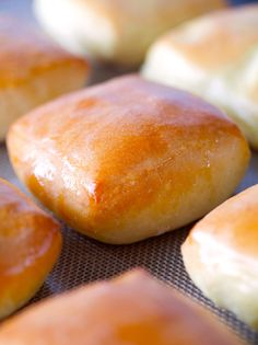 Texas Roadhouse Rolls via Deliciously Yum! Um, heck yes~~ And cinnamon butter. :)  All organic of course. ;)