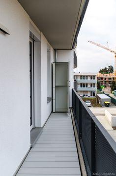 Gartenschrank | Terrassenschrank @_win in München - Hochschrank nach Maß - wetterfest. regensicher. uv-beständig #Gartenschrank #Balkonschrank