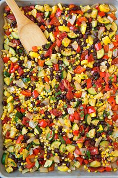 Roasted Veggie and Black Bean Tacos - this filling is so delicious and it's easy to make! It would also be good in enchiladas, quesadillas or burritos!