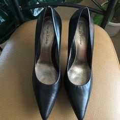 Pour La Victorie Genevieve Pump Preowned and very sexy!  Worn once Black platform pumps Pour la Victoire Shoes Platforms