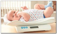 how much weight should a newborn gain