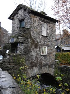 Bridgehouse, Ambleside. Why pay land tax if you don't have to? :) Medieval taxation had loopholes, for the creative.