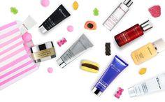 Совершите покупку любых средств Elemis в сентябре на сумму от 12 000 руб. на www.elemis-russia.ru и выберите себе в подарок 3 разных мини-продукта для лица или для тела