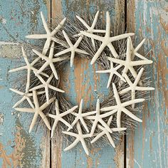 Love the weathered wood in the background Starfish Wreath, Shell Crafts, Florida Home, Weathered Wood, Grapevine Wreath, Decorative Accessories, Sweet Home, Home And Garden, Blair Waldorf