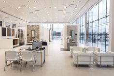 PORCELANOSA Grupo abre su primer showroom en Filadelfia #Porcelanosa #showroom #Philadelphia Tile Showroom, Showroom Design, Interior Design, Showroom Ideas, Bathroom Showrooms, Plumbing Fixtures, Display Design, Commercial Design, Industrial Furniture