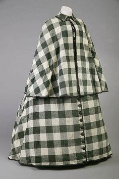Wrapper: ca. 1850's - 1860's, buffalo check. Worn by Mary Todd Lincoln.
