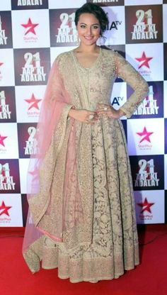 Sonakshi Sinha in Sabyasachi. Light pink & ivory