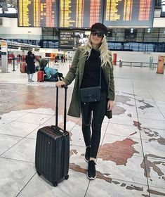 Airport picture  off to Budapest  #airport #airportoutfit #prague #budapest #travel #traveling #czechgirl #girl #hungary #bakerboyhat #outfit #ootd #wiwt #fashion #blogger #blog #fashionblogger #travelblogger #likeforlike #l4l #like4like