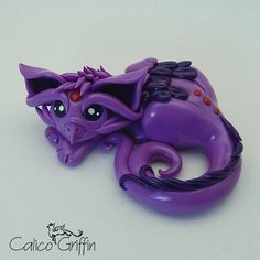Espeffin the griffin - clay sculpture - Premo Sculpey polymer figurine sculpture dragon gryphon violet psychic fennec fox cat feline