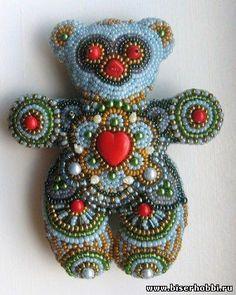 Еще один мишка из бисера. - 12 Апреля 2011 - Бисер не только красивое хобби... Paisley Embroidery, Beaded Embroidery, Beaded Brooch, Beaded Jewelry, Bead Crafts, Arts And Crafts, Pc Android, French Beaded Flowers, Beaded Boxes