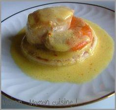 Entrée: st Jacques sauce safran et curry Tapas, My Recipes, Favorite Recipes, Brunch, Salty Foods, Scallop Recipes, Foie Gras, Appetisers, Fish And Seafood